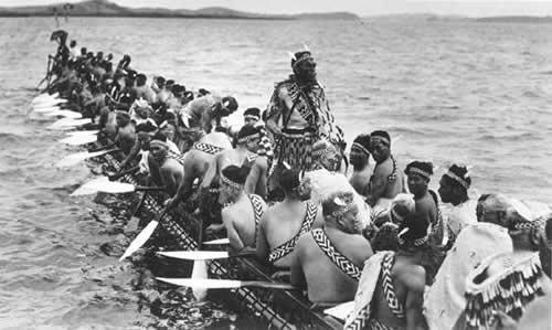 Каноэ Ngatokimatawhaorua