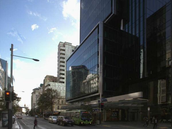 Угол Queen и Shortland Street, 2011 год