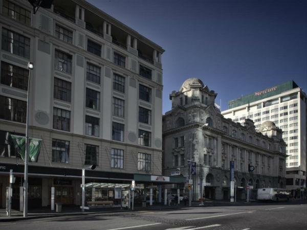 Queen Street со стороны Quay Street West, 2011 год