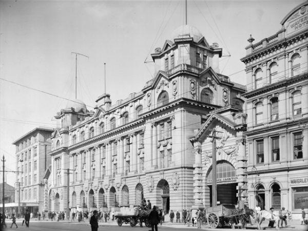 Вход на железнодорожную станцию Окленда, 1915 год
