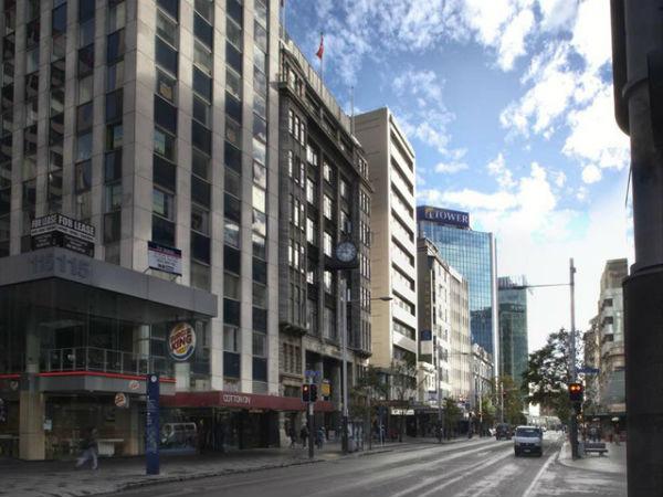 Вид на Queen Street со стороны Shortland Street, 2011 год