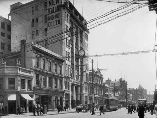 Вид на Queen Street со стороны Shortland Street, 1921 год