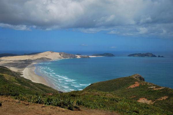 """""""Пляж 90 миль"""" (Ninety Mile Beach), мыс Рейнга, Северный остров"""