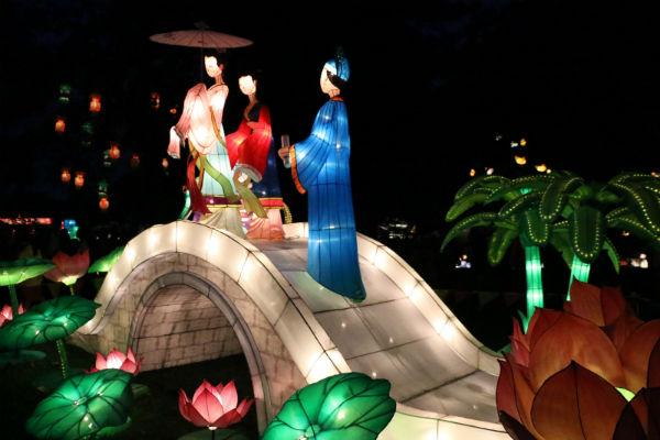 Фестиваль фонариков в Окленде